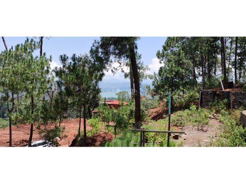 terreno en condominio con vista parcial al lago avandaro