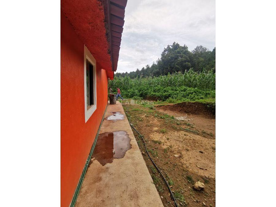 casa entre la naturaleza
