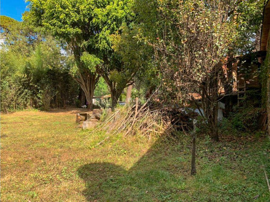 soleado terreno en venta en avandaro valle de bravo