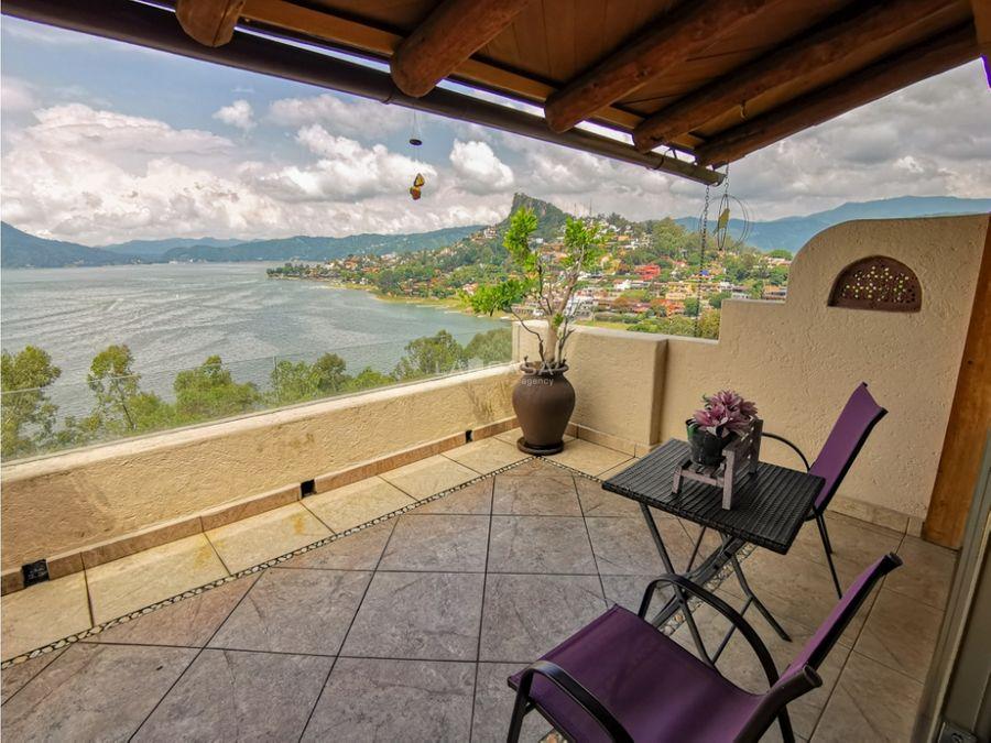 casa con increible vista al lago valle de bravo