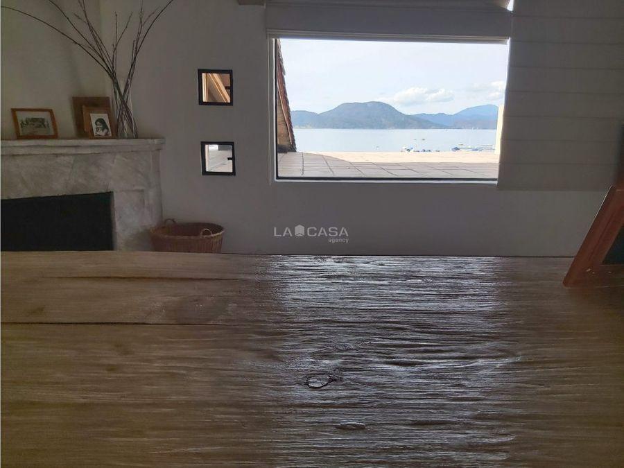 excelente propiedad con acceso al lago