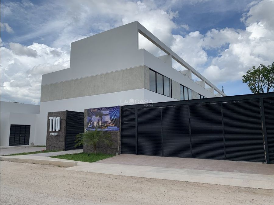 casa tipo townhouse en temozon norte