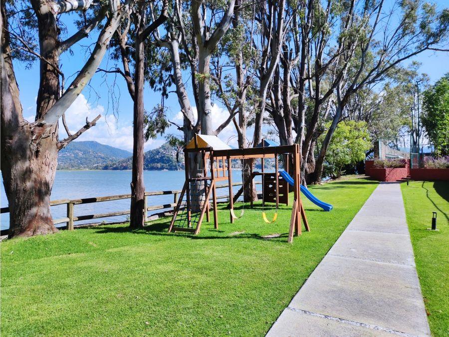 increible condominio con acceso al lago