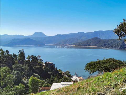 terreno con vista al lago valle de bravo