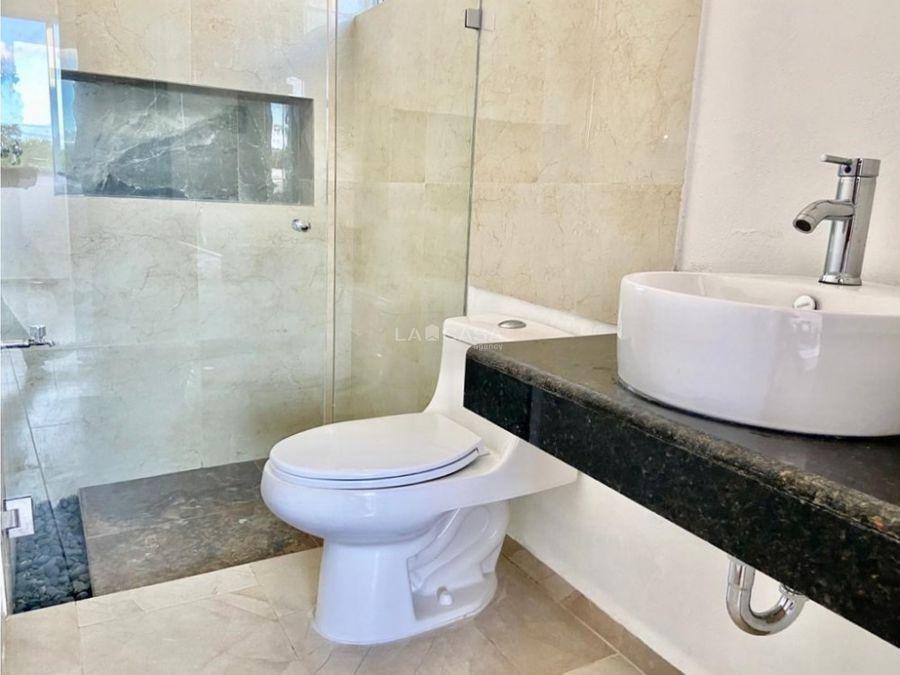 residencia de 3 habitaciones con piscina en privada