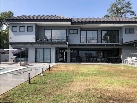 residencia en venta avandaro