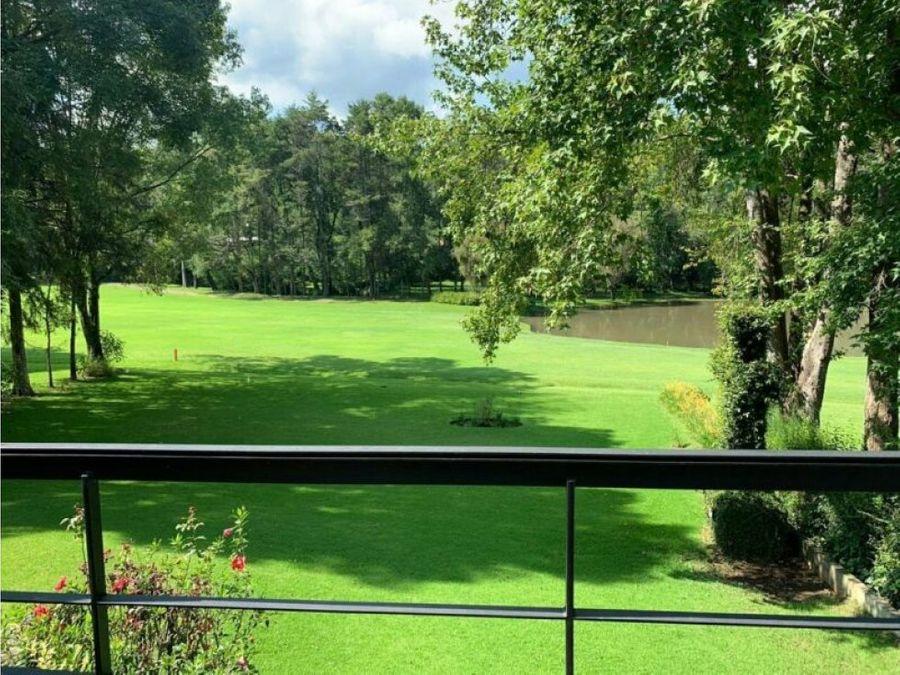 casa en club de golf avandaro con acceso al green