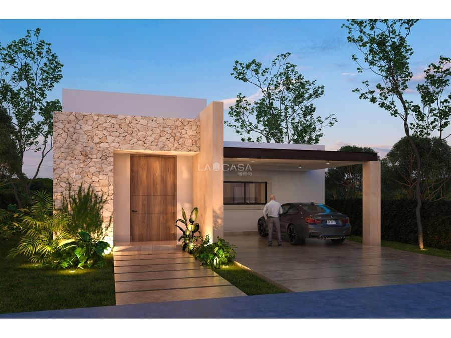casa de un piso equipada con paneles solares