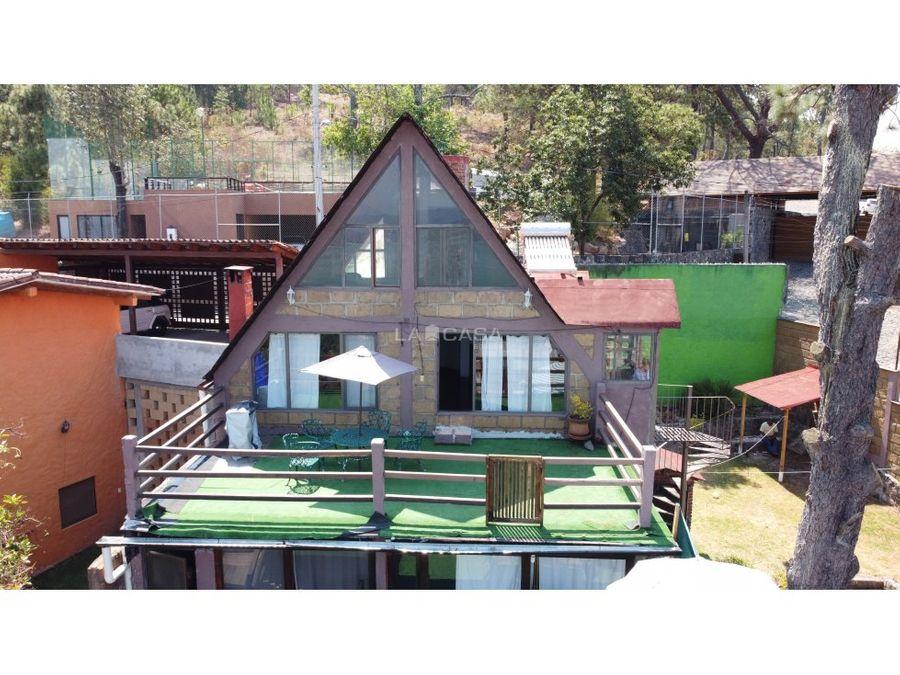 casa con vista al lago pueblo