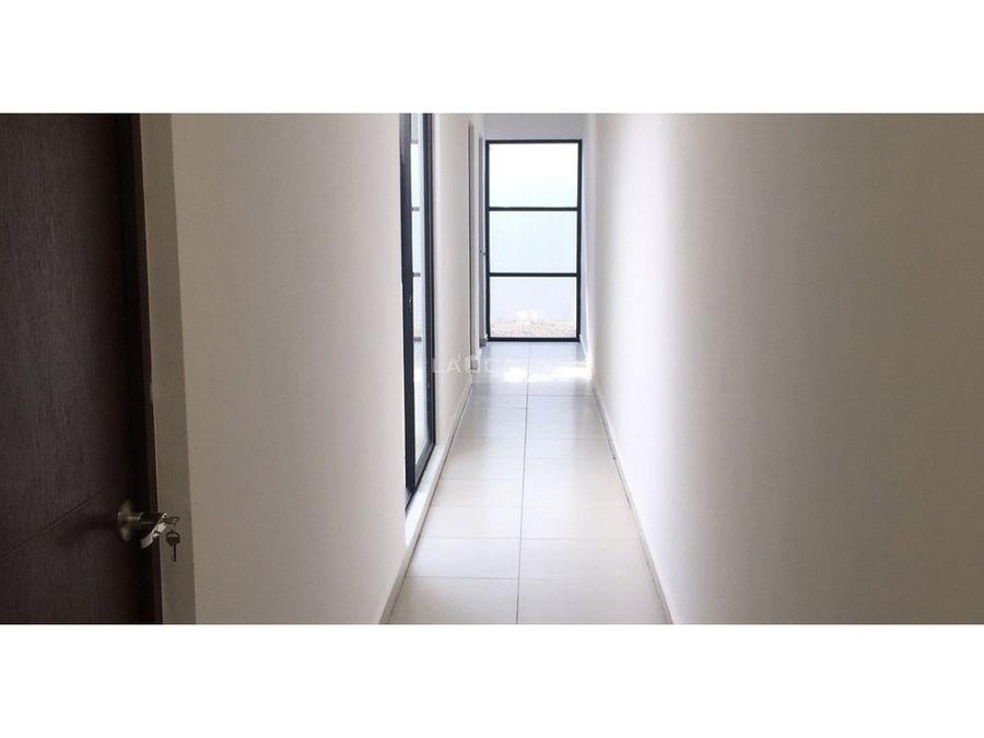 casa de un piso con 3 habitaciones en conkal
