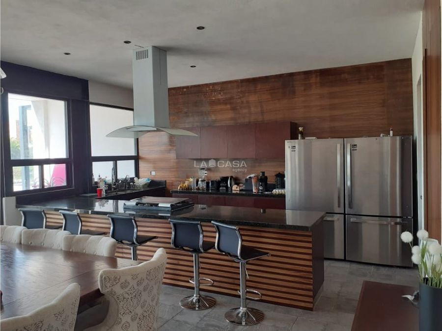 hermosa casa a la venta en privada punta lago