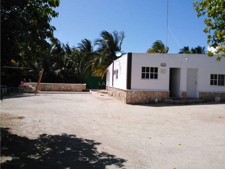 casa de segunda fila en venta en san crisanto