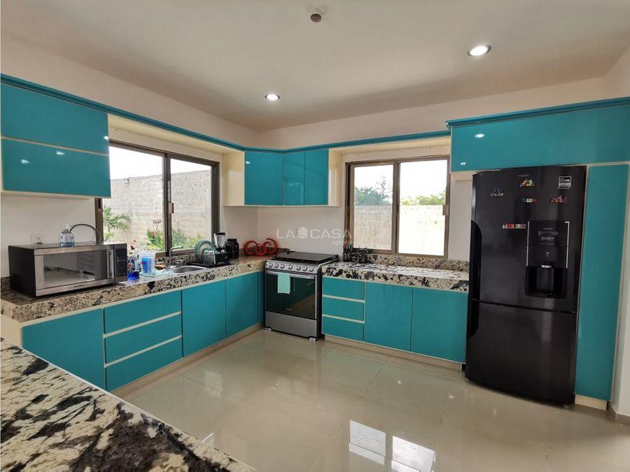 casa estilo minimalista con excelente equipamiento