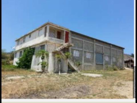 vendo nave industrial en villa vasquez montecristi