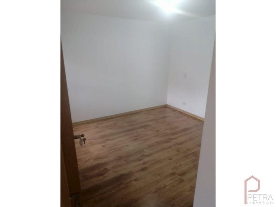 se vende apartamento en la loma de los bernal medellin