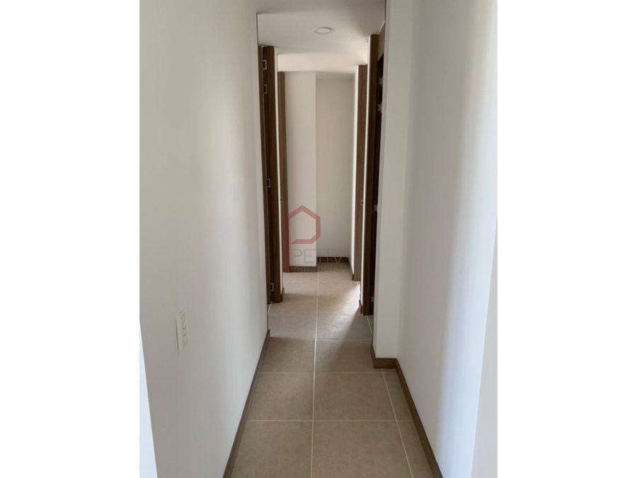 se arrienda apartamento en itagui