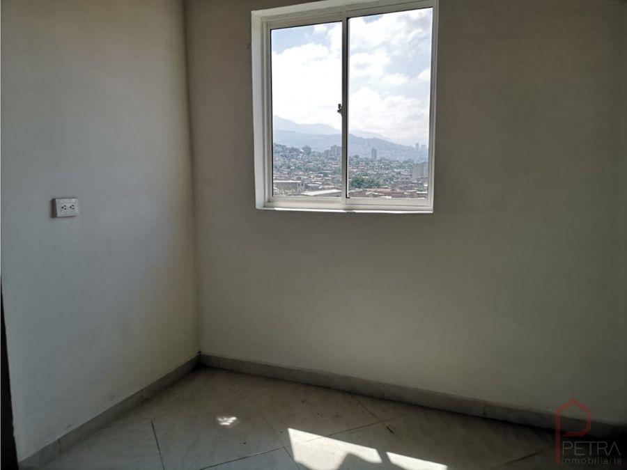 se vende apartamento en campo valdes medellin