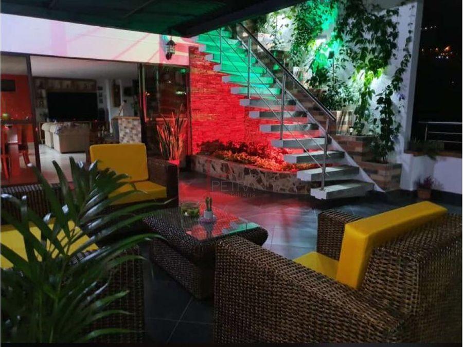 se vende penhouse en copacabana antioquia