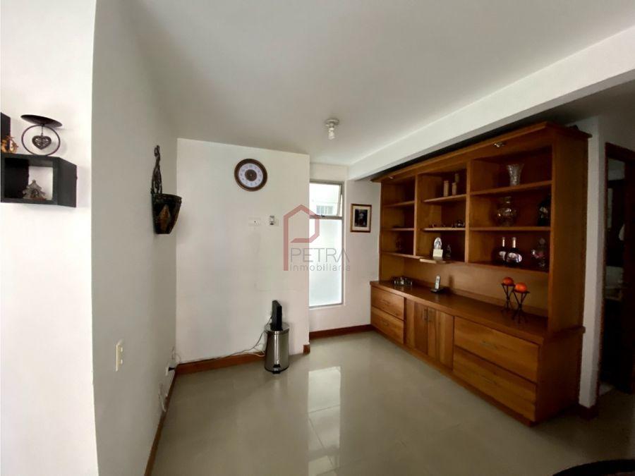 se vende apartamento en belen la mota medellin