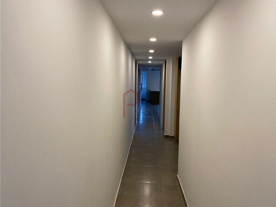 se vende apartamento en el laureles nogal medellin