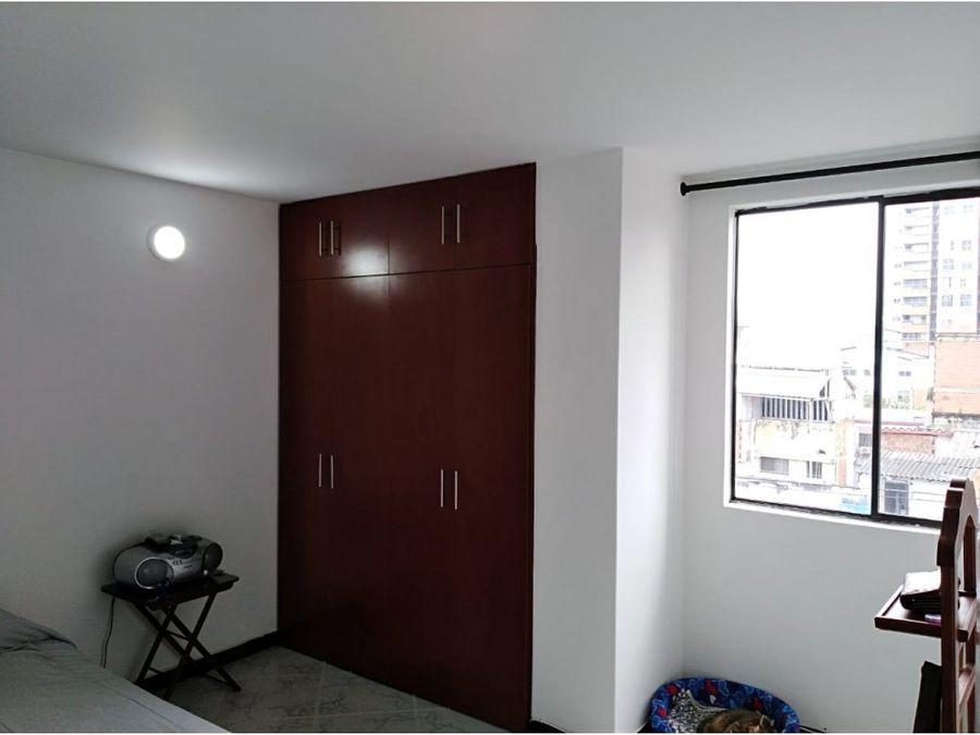 se vende apartamento en laureles lorena medellin