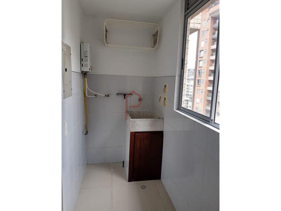 se arrienda apartamento en lalinde medellin