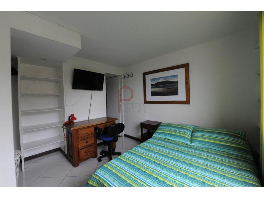 se vende apartamento duplex en castropolmedellin