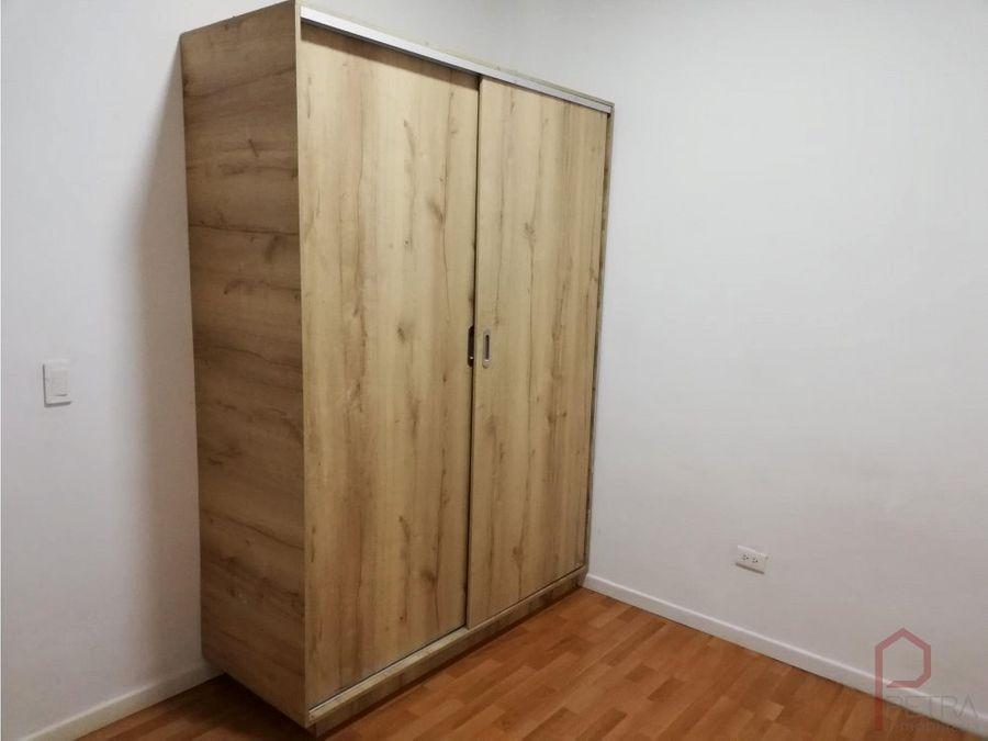 se arrienda apartamento en bombona medellin