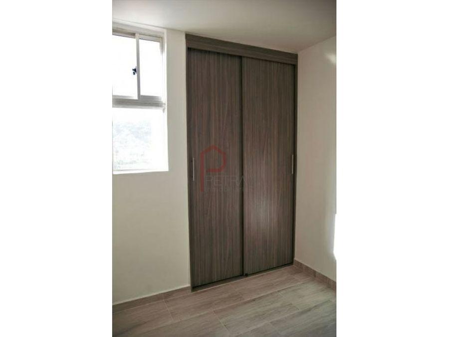 se vende apartamento en barrio cristobal medellin