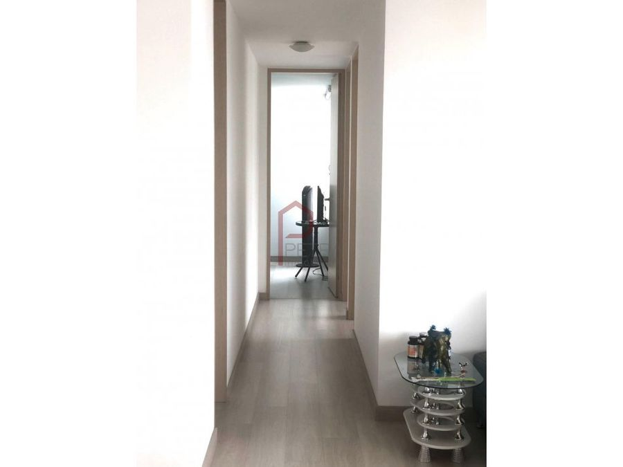 se vende apartamento en la loma del indio medellin