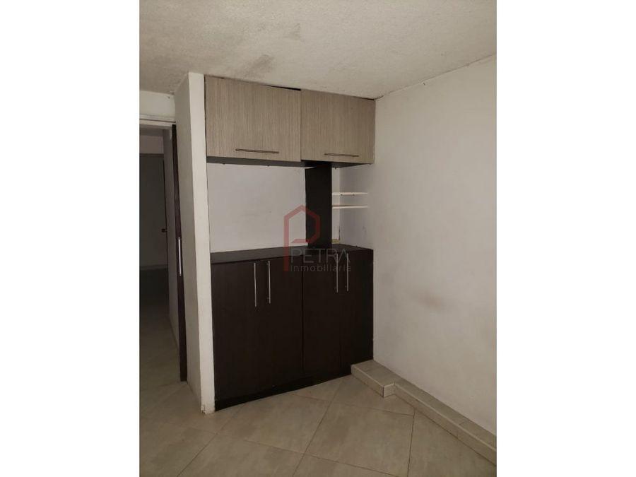 se vende apartamento en alfonso lopez medellin