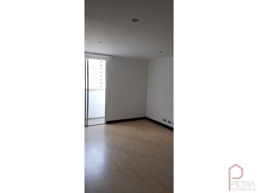 se vende apartamento en los colores medellin