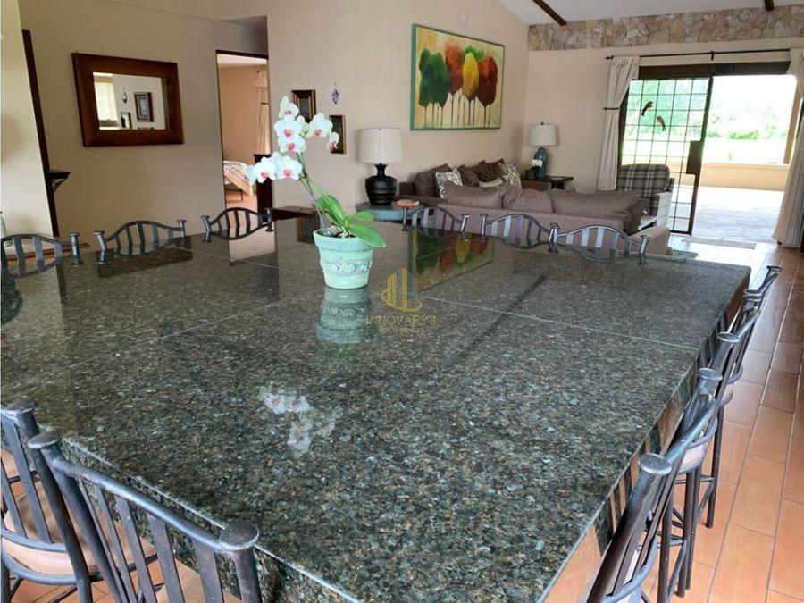 a la venta casa independiente rohrmoser