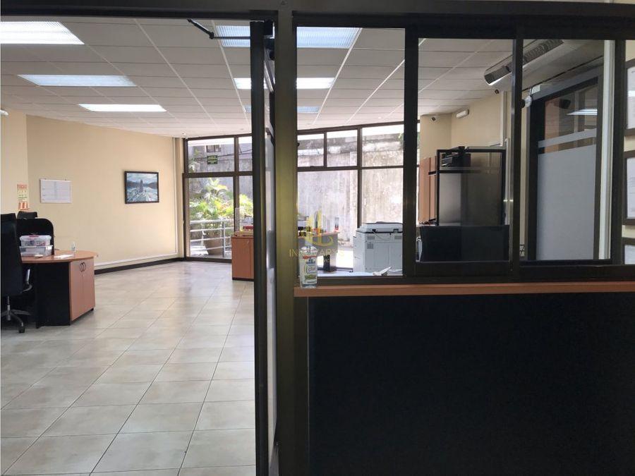 oficina remodelada de 144 m2 en spazio escazu en venta