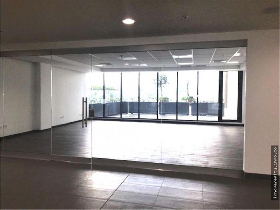 alquiler de oficina de 60 m2 terrazas lindora