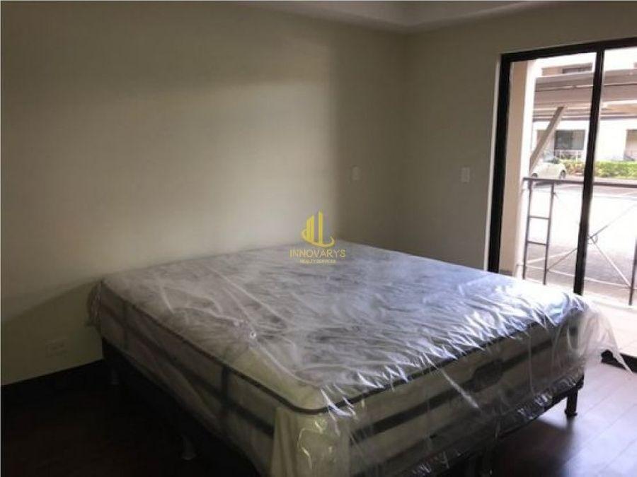 alquiler de apartamento de una planta brasil santa ana