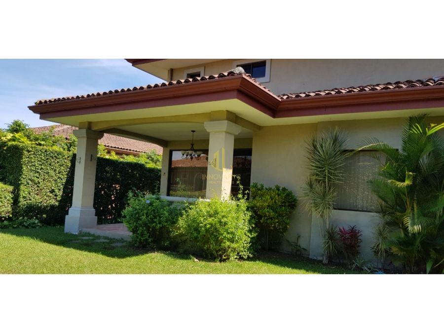 alquiler casa 3 cuarto condominio san antonio escazu