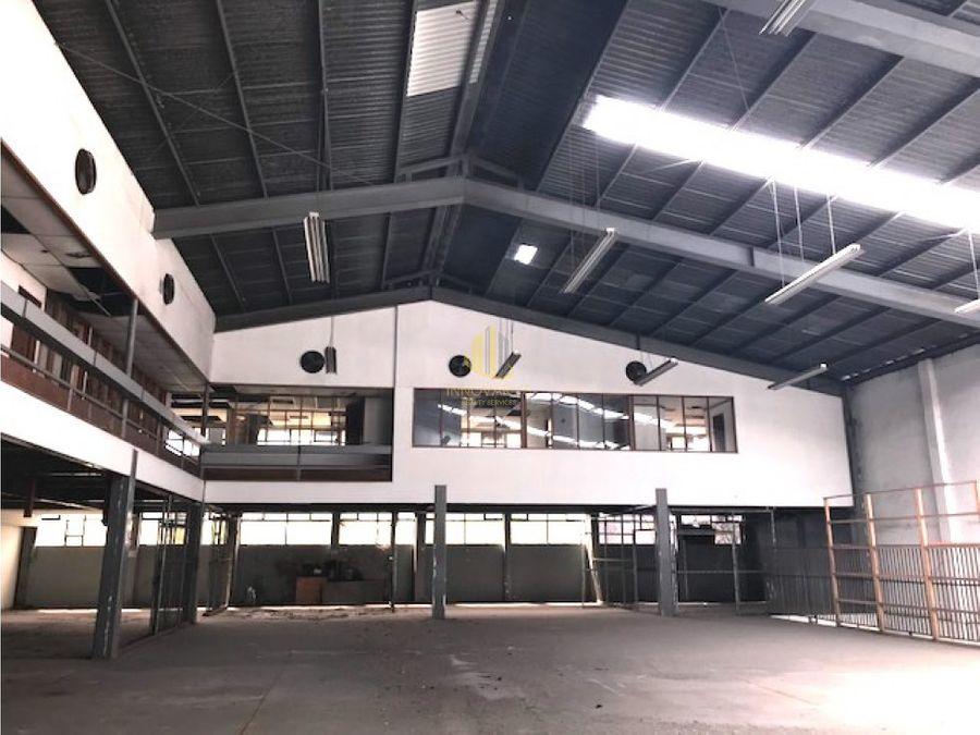 bodega industrial de 4000 m2 en alquiler pavas