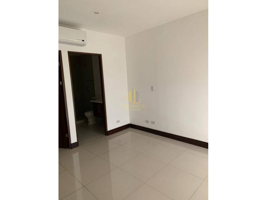 alquiler de apartamento de 2 cuartos en montesol