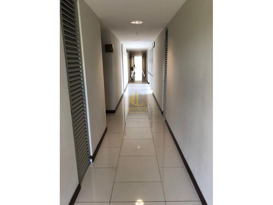 alquiler de apartamento de 2 cuartos en torre azenza