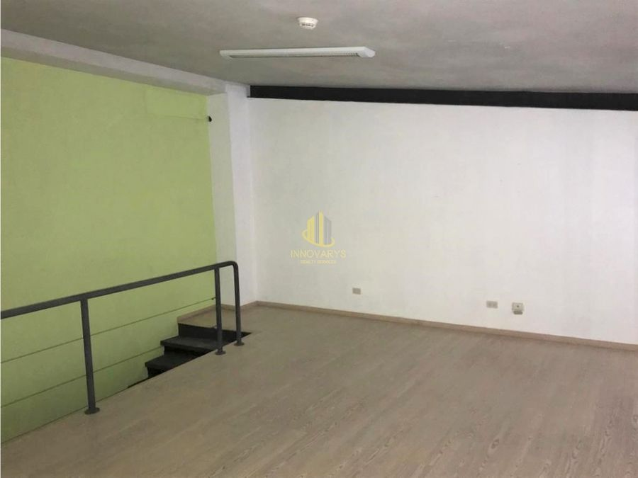 local remodelado de 93 m2 en plaza comercial cerca de la paco escazu
