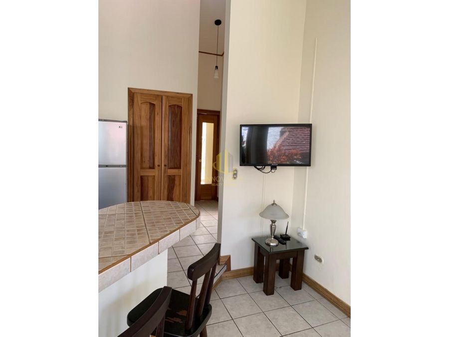 apartamento amueblado y serv incluidos en alquiler escazu