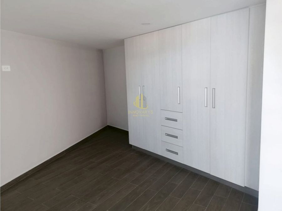 moderno y nuevo apartamento tipo estudio con mezzanine en rohrmoser