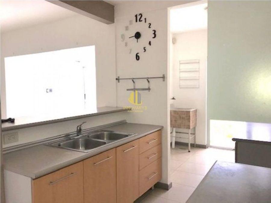 condominio 3 cuartos y 4 parqueos en alquiler brasil de mora
