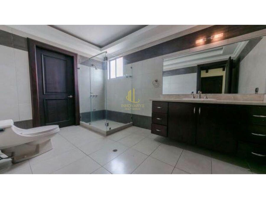 casa de lujo a la venta en exclusivo residencial en santa ana