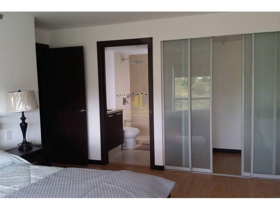 alquiler de apartamento de 2 cuartos en torre en rohrmoser