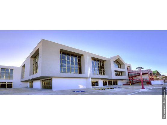 alquiler de edificio de oficinas sabana sur