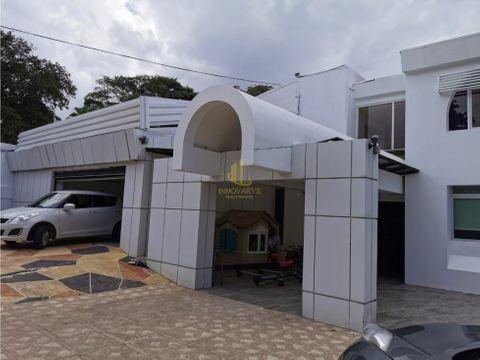 propiedad con dos casas a la venta en escazu
