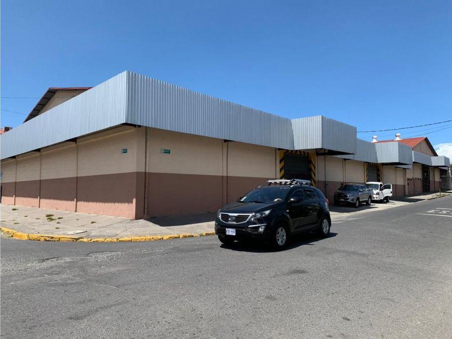 alquiler de bodega almacenaje 1000 m2 barrio cuba