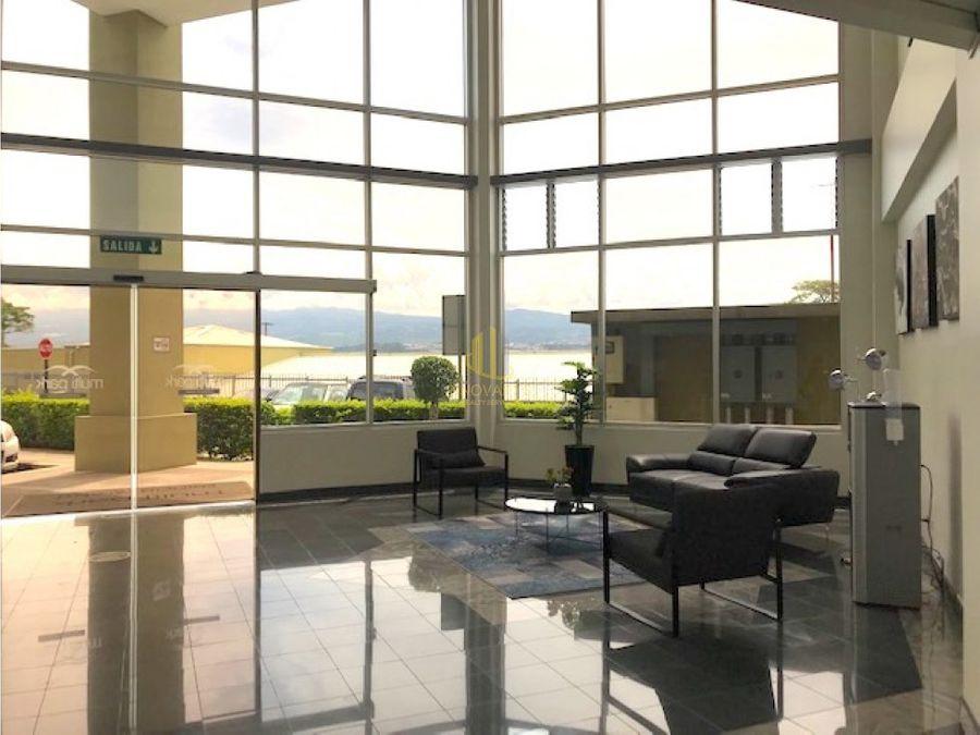 oficina remodelada 239 m2 multipark guachipelin escazu